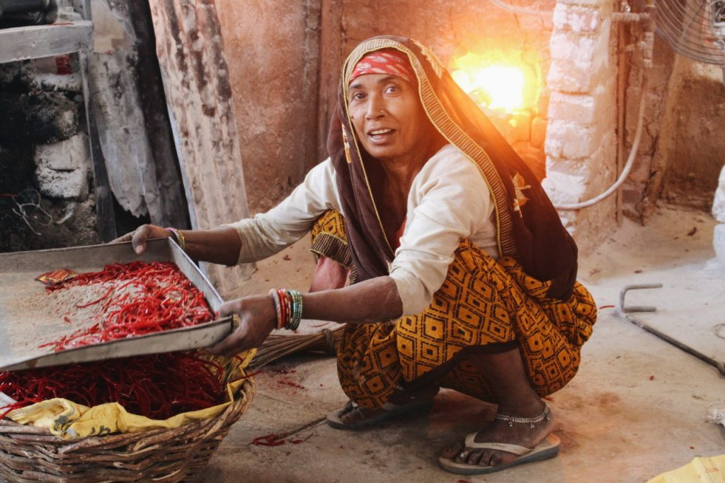 Chudiyan- A study into the lives of Firozabad's glass bangle industry workers