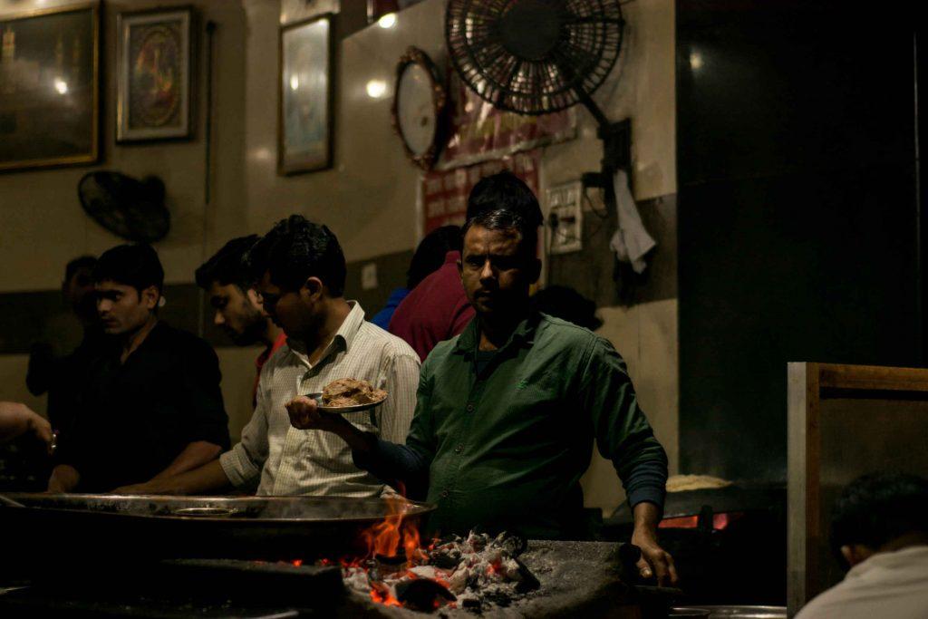 Sadkon-Ka-Zaiqa, The Street Food of Lucknow