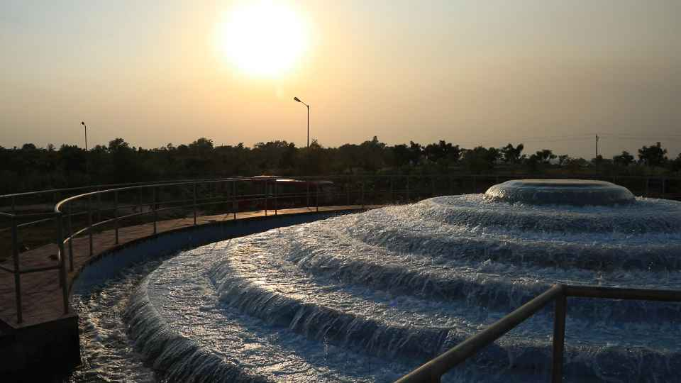 Smart Cities & Urban Sustainability: A Case Study of Raipur and Atal Nagar